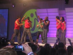 Z-Convention2011_123 ZIN35 Live