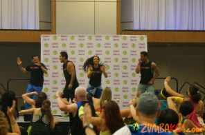 Zumba Home Connection 2014b_013
