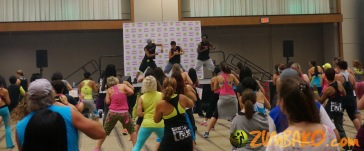 Zumba Home Connection 2014b_033