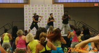 Zumba Home Connection 2014b_034