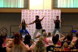 Zumba Home Connection 2014b_044