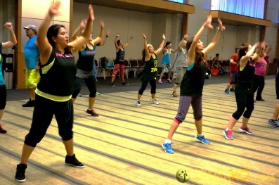Zumba Home Connection 2014b_048