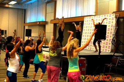 Zumba Home Connection 2014b_053