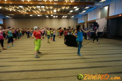 Zumba Home Connection 2014b_091