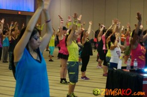 Zumba Home Connection 2014b_093