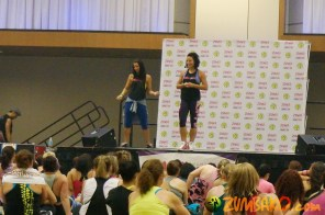 Zumba Home Connection 2014b_095