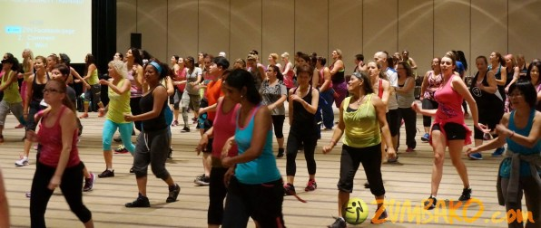 Zumba Home Connection 2014b_125