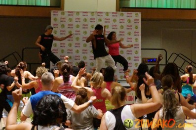 Zumba Home Connection 2014b_126