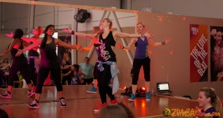 ZKo ZJ MC Anna Machenko n Bianca 2015Apr_054