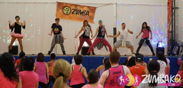 zumbako-party-in-pink-2016-0410